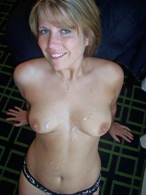 Amateur Wife Flashing Friends