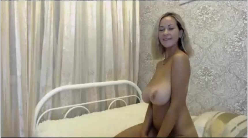 Naked Mature Webcam Lady With Amazing Big Boobs